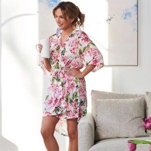 Show Me Your Mumu pretty floral Robe Cotton Pink